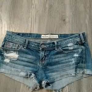 Hollister Distressed jean Shorts size 5